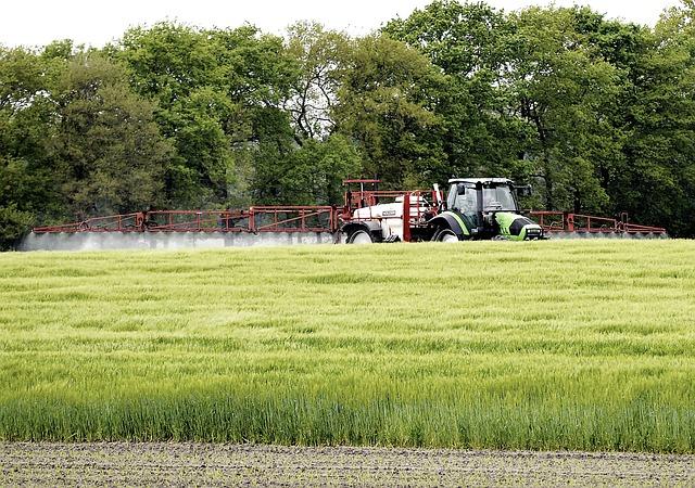 Farmáři budou muset vést evidenci hnojiv i sklizně