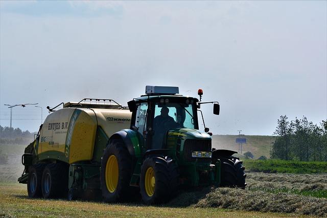 Zisk v zemědělství loni mírně klesl na 16,7 miliardy Kč